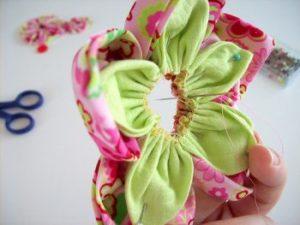 Фото как сделать цветок своими руками