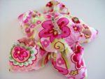 Сделать цветок из розовой ткани