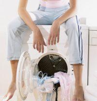 как вывести жирное пятно с одежды дома