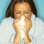 Как промывать нос соленой водой