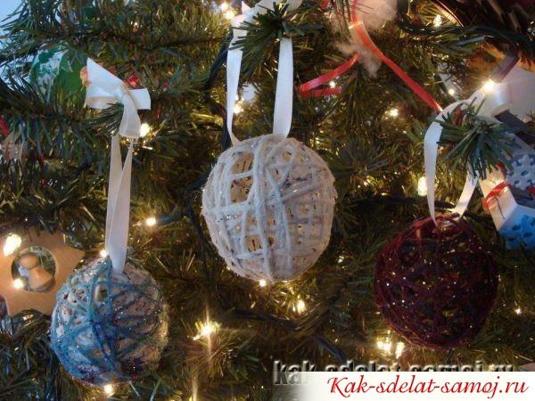 Как украсить елку самодельными игрушками