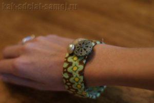 Красивый браслет из ткани