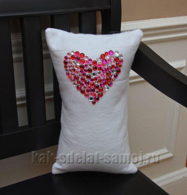 Подарочная подушка: как сделать