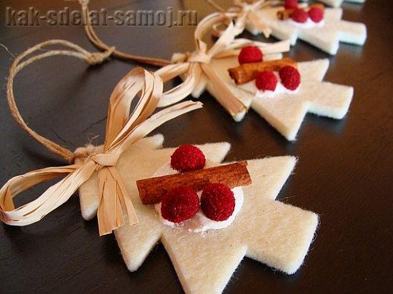 Новогодние игрушки из фетра (фото)