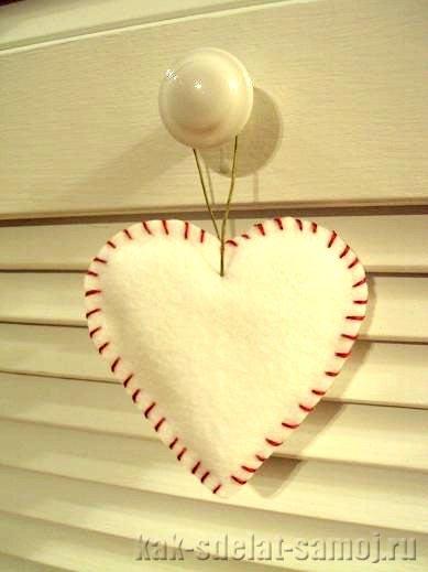 Сердце из фетра, фотография