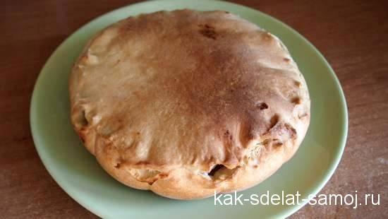Фото яблочного пирога с медом