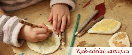 картиночки детки рисуют